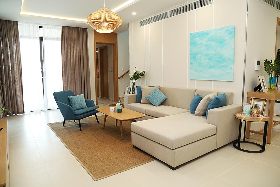 Không gian phòng khách Cam Ranh Mystery Villas